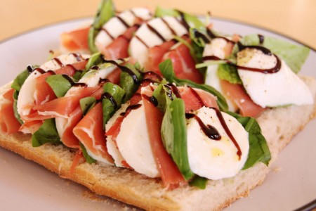 Prosciutto w/Mozz Sandwich Choose options